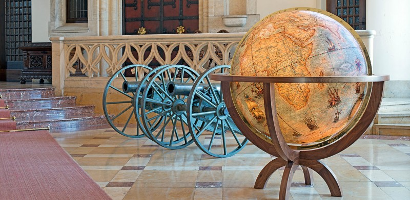 Columbus Globe Large