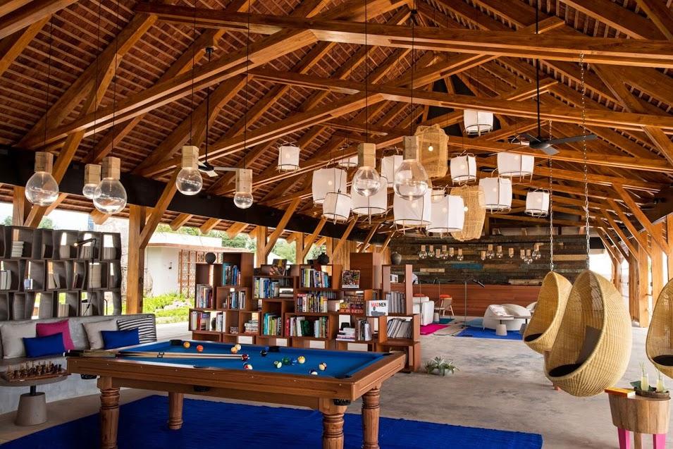 luxury hotel library in tanzania